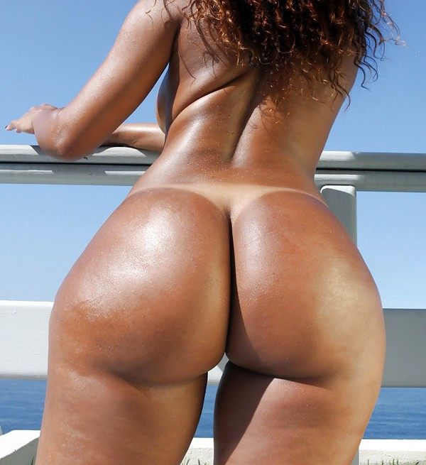 Womens big round naked asses