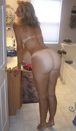 Fine ass old woman nude