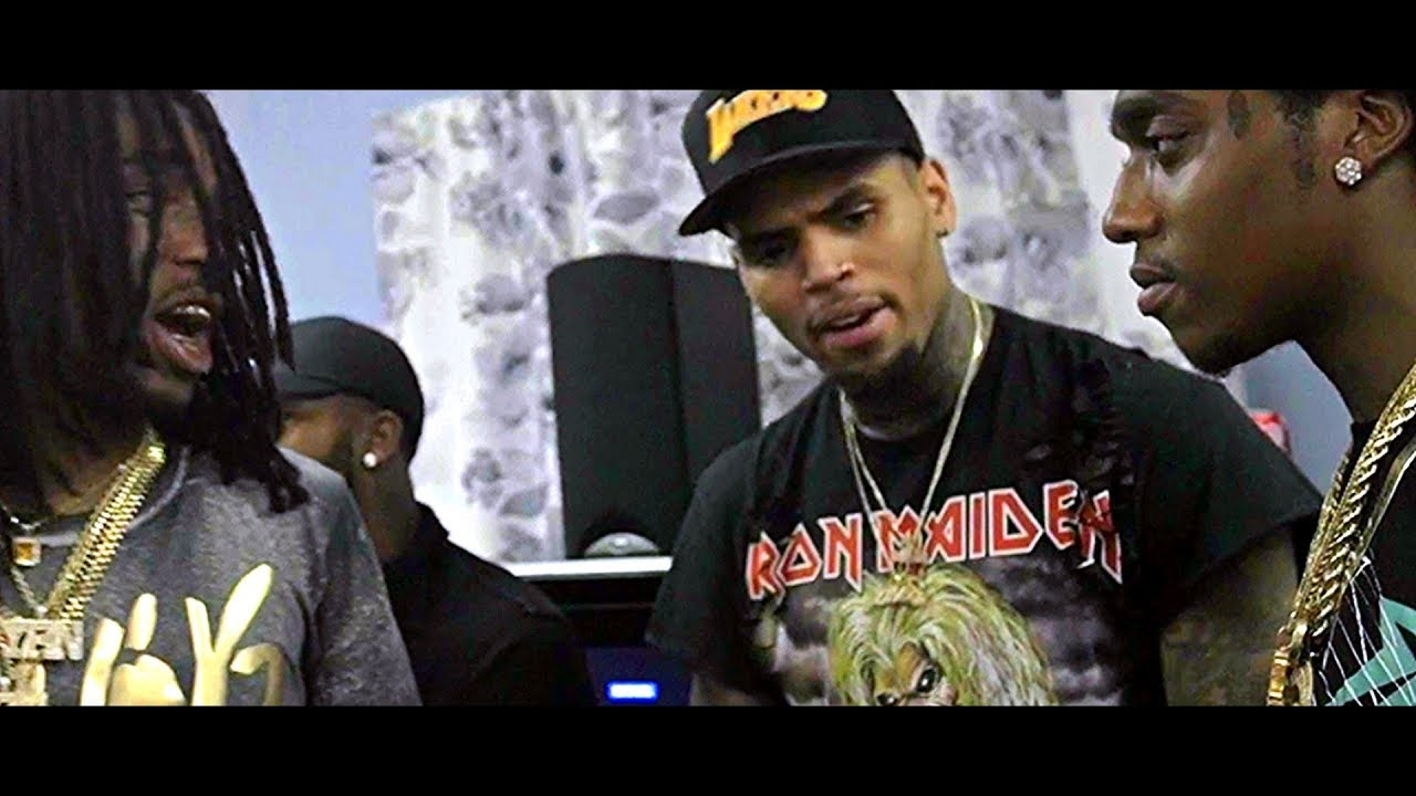 One hunnid chris brown download